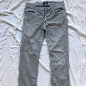 Men's 7 gray jeans size 32